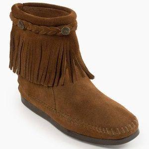 Minnetonka Bootie High Top Zipper Back Boot Fringe